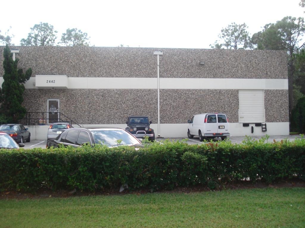 Office/Warehouse in OCP