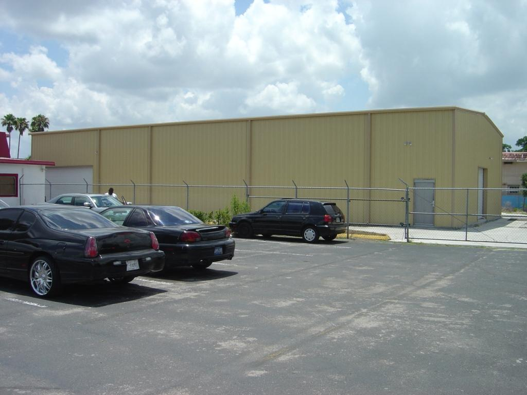 Automotive/Retail/Warehouse Space