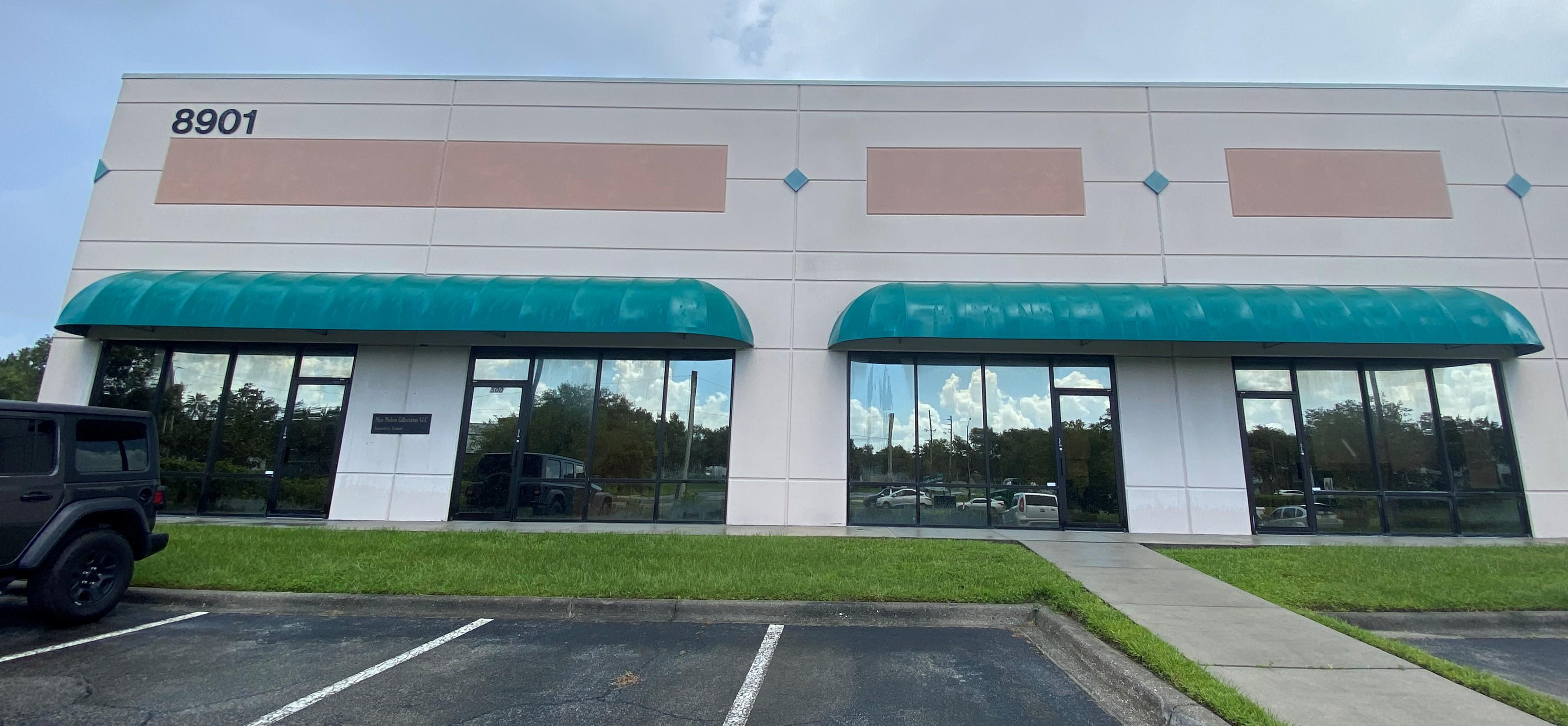 Office, Showroom & Warehouse