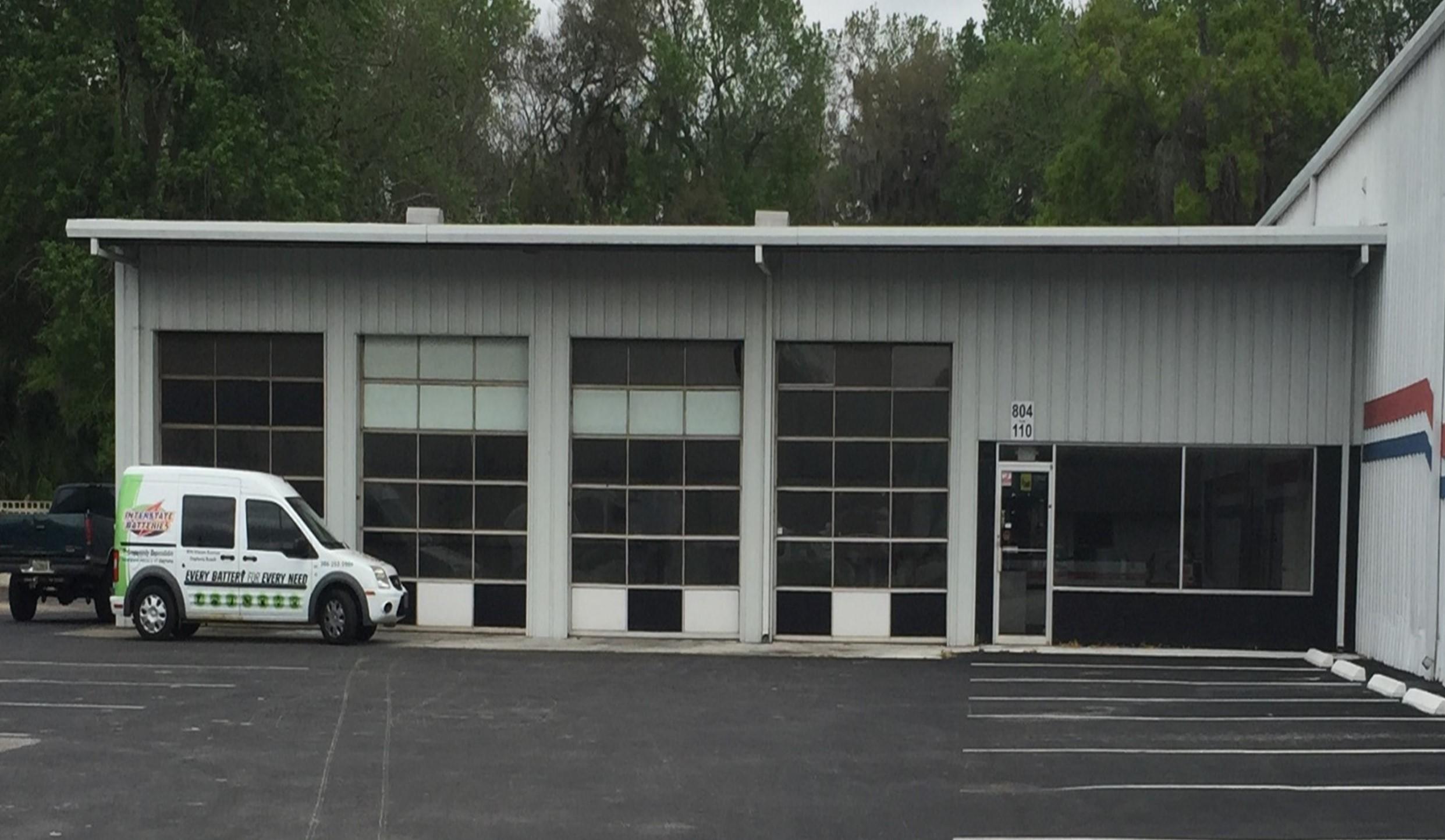 Automotive Service Space
