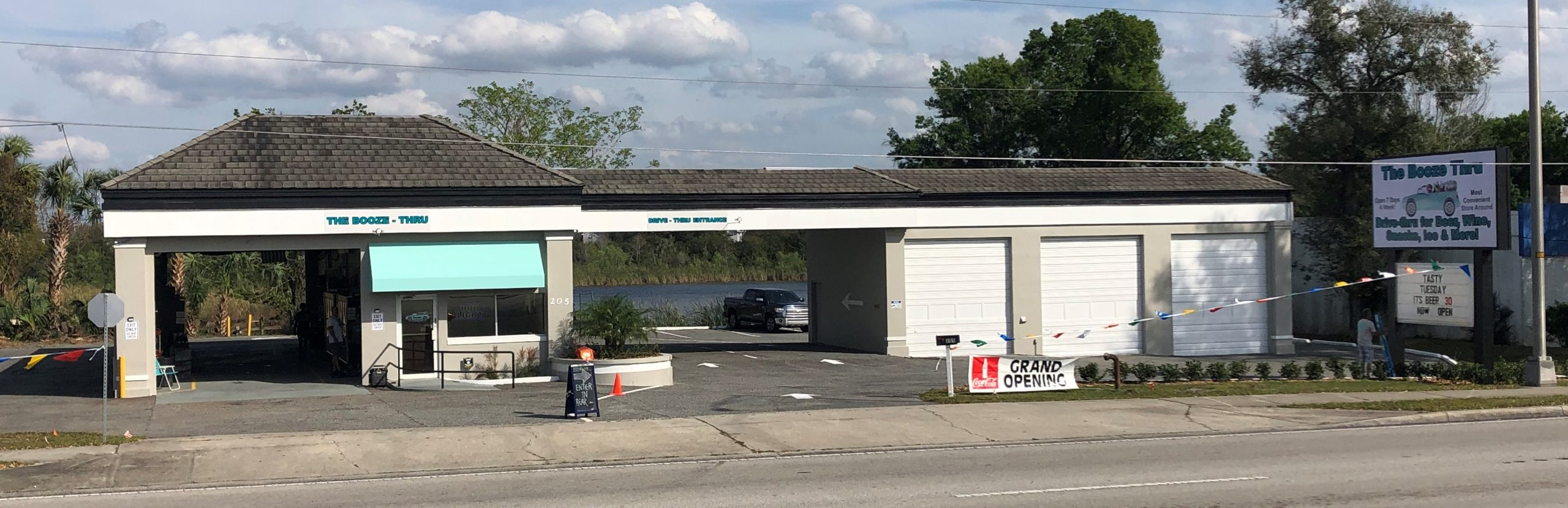 Retail Building with Drive Thru or Development Site for Land Lease